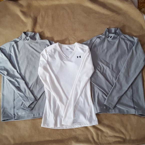 Under Armour Tops - Lot of Under Armour size med-lg lot!!